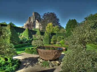 Abby-House-garden