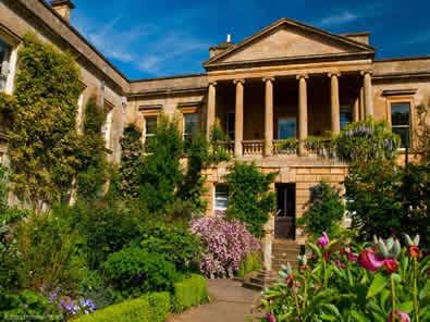 Kiftsgate-garden