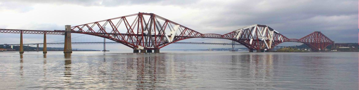 SCOTLAND-Forth-Bridges
