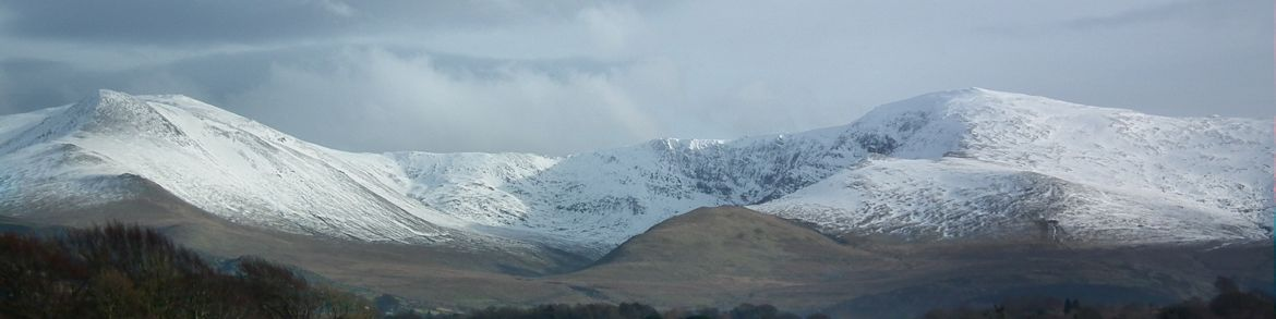 Snowdonia-with-snow