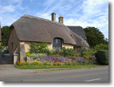 Thatched cottages photo slideshow