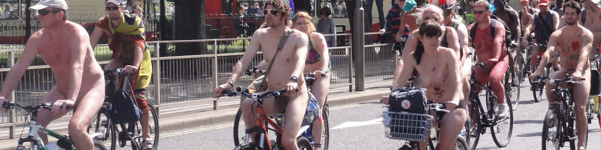 7-BRIGHTON NAKED CYCLISTS! UK  France 2010 NH2 176 BLUR