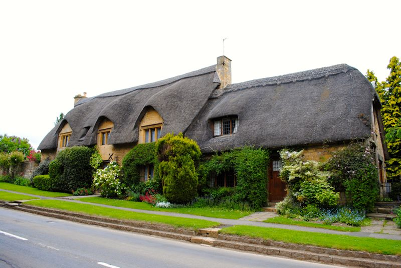 Thatched house in Chipping Camden